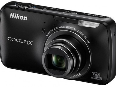 Nikon Coolpix S800c: ����������� � �� Android ����������� ����������