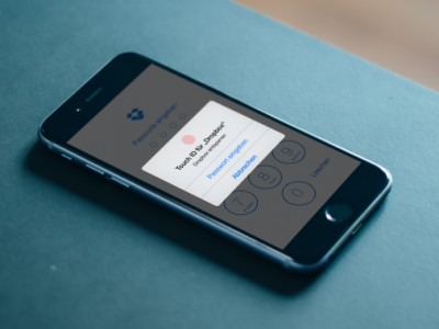���������� Dropbox ��� iPhone 6 � iPhone 6 Plus �������� ��������� Touch ID