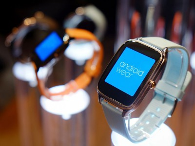 ASUS ZenWatch 2 �� �� �������� �� Android Wear
