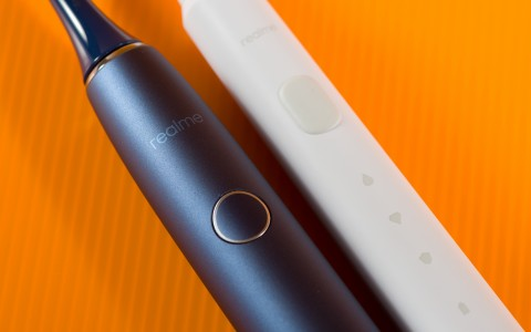 Realme N1 и M1 Sonic Electric Toothbrush